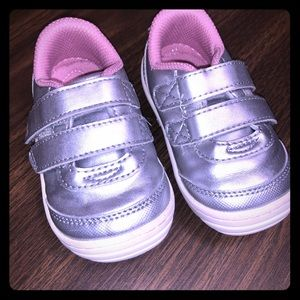 Stride rite toddler pink and silver sneakers